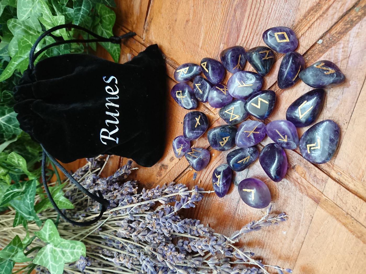 Amethyst Crystal Rune Set