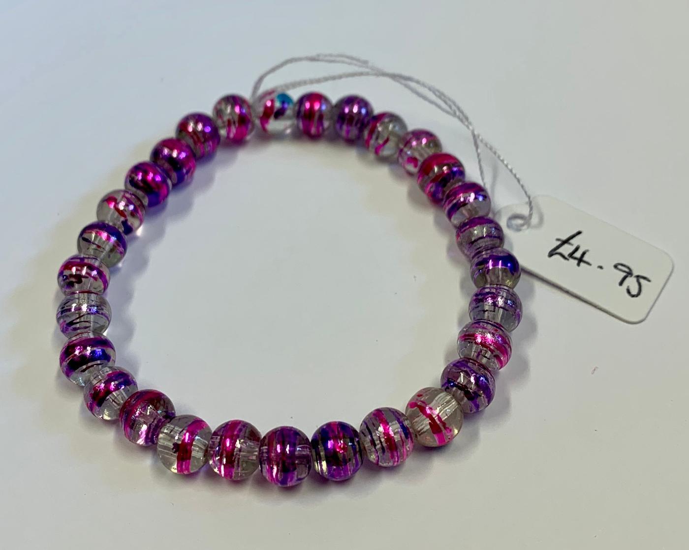 Kerry's Crafts elasticated resin-acrylic bead bracelet