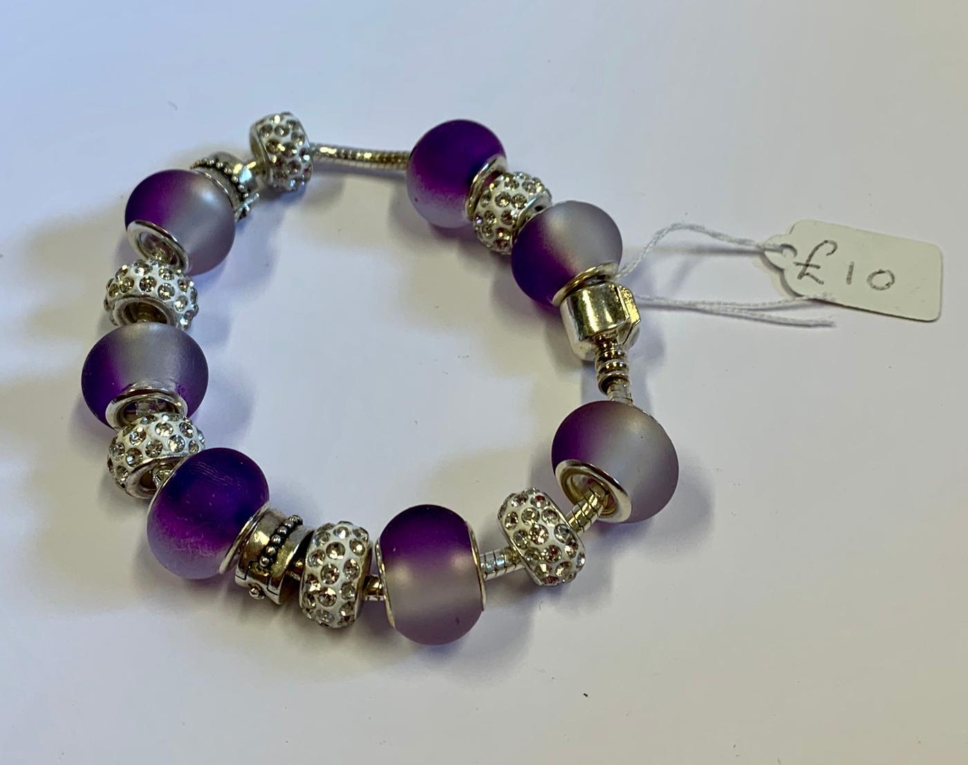 Kerry's Crafts Murano Glass Bead Bracelet