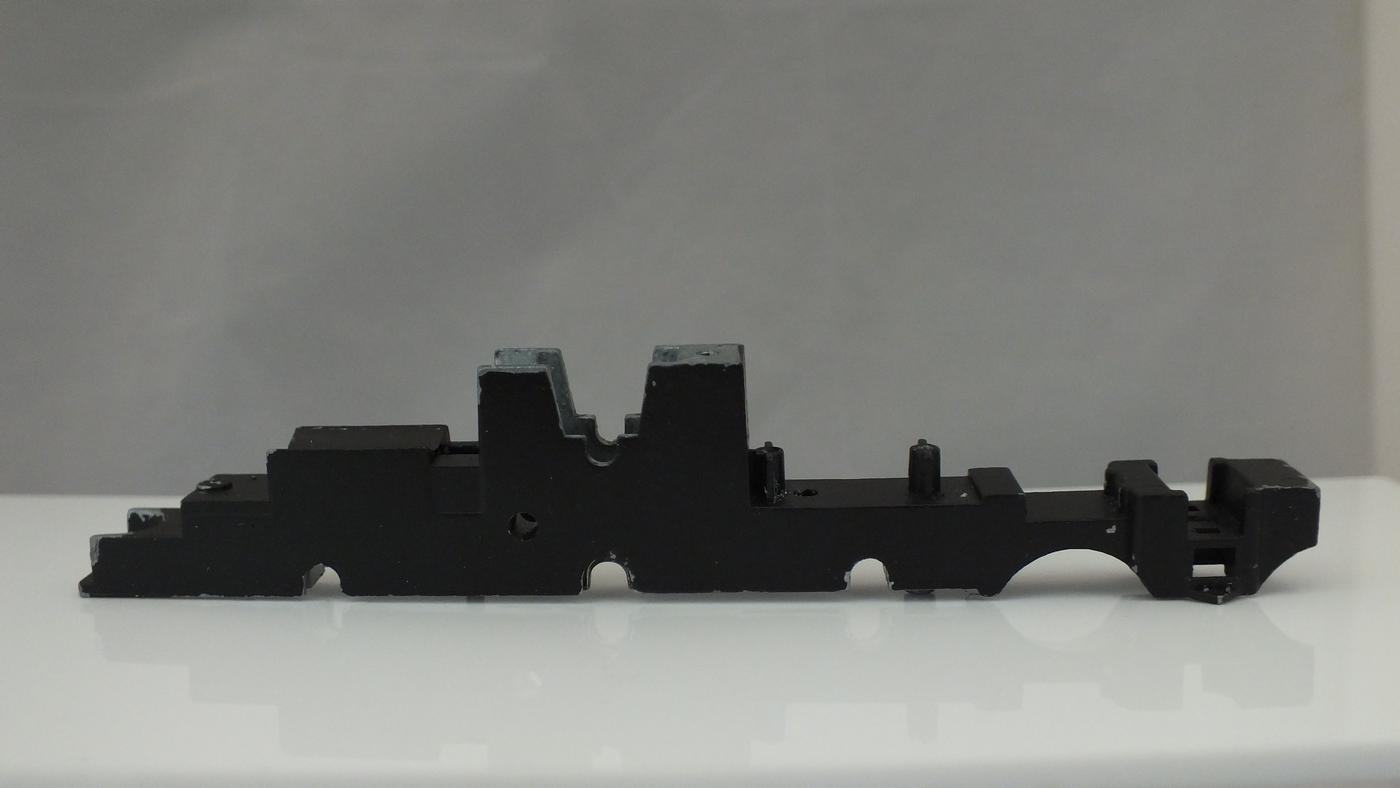 MS99 # HORNBY  BARE CHASSIS LOCO DRIVEN CASTLE CLASS