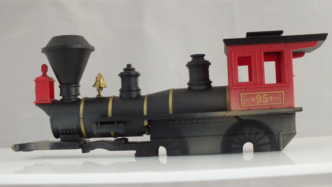 R1149/2 * HORNBY TRIANG TOY STORY LOCO BODY WITH CHASSIS     R8B