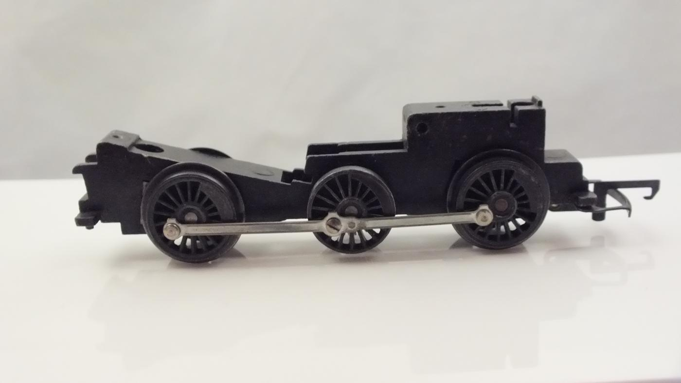X435 # HORNBY TRIANG ROLLING CHASSIS,CONRODS & DRIVE GEAR   M8B