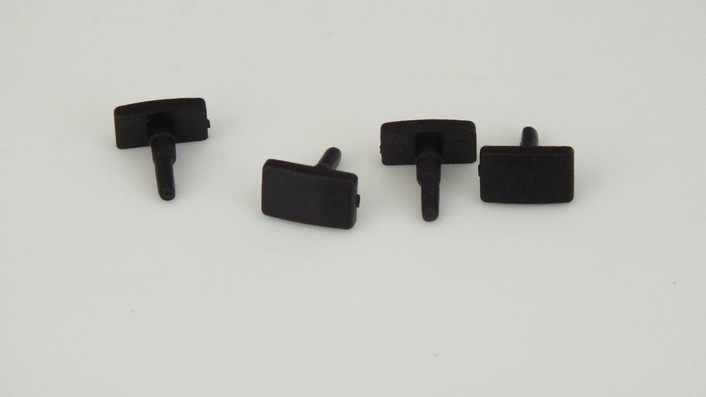 X8106  HORNBY TRIANG PKT 4 PLASTIC  SQUARE BUFFERS         U10D