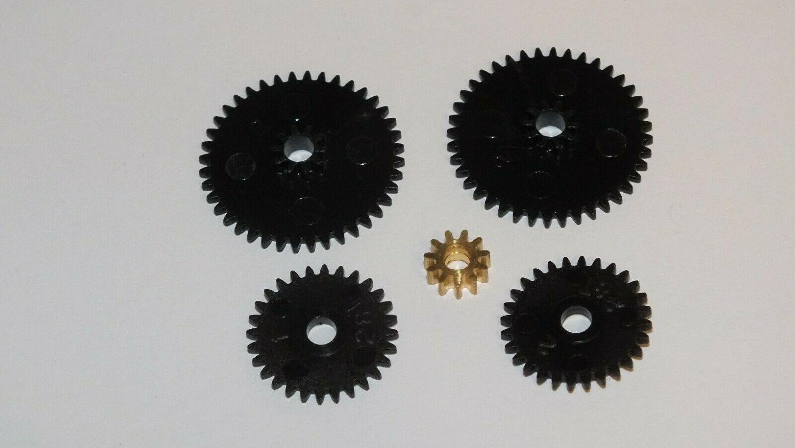 MS2 / X8193 HORNBY TRIANG FULL SET OF GEARS. MULTI FIT PLEASE SEE DESC   E2D