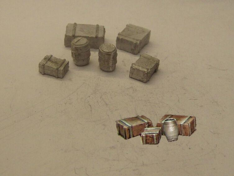 PW123 #  DIECAST BARRELS AND BOXES    R12B