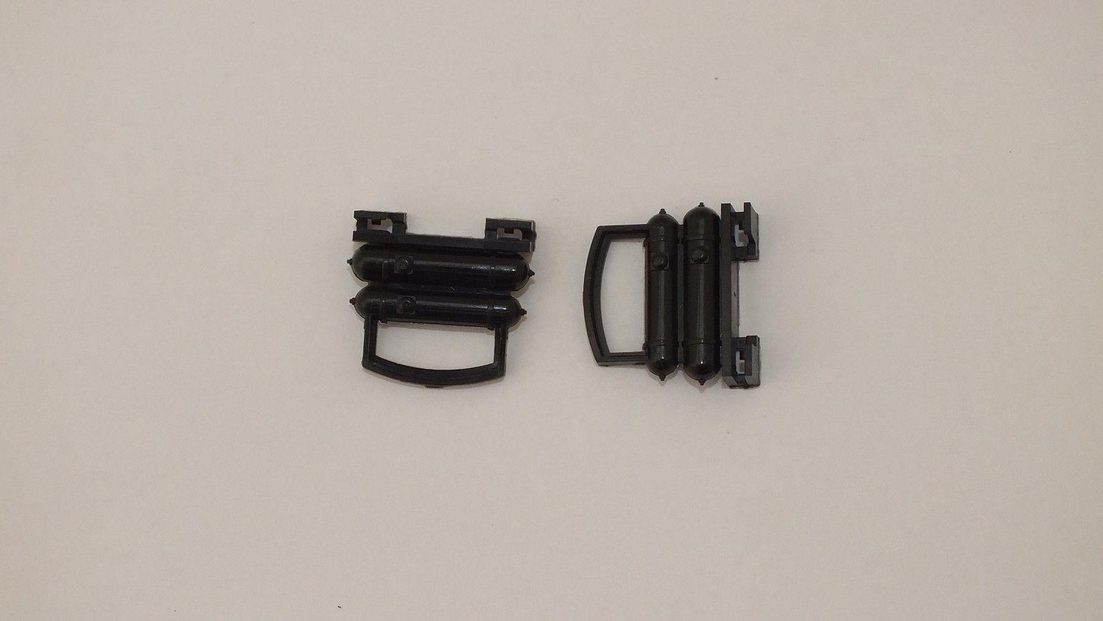 S9695 # HORNBY  TRIANG 2 x PLASTIC COUPLINGS        X13A