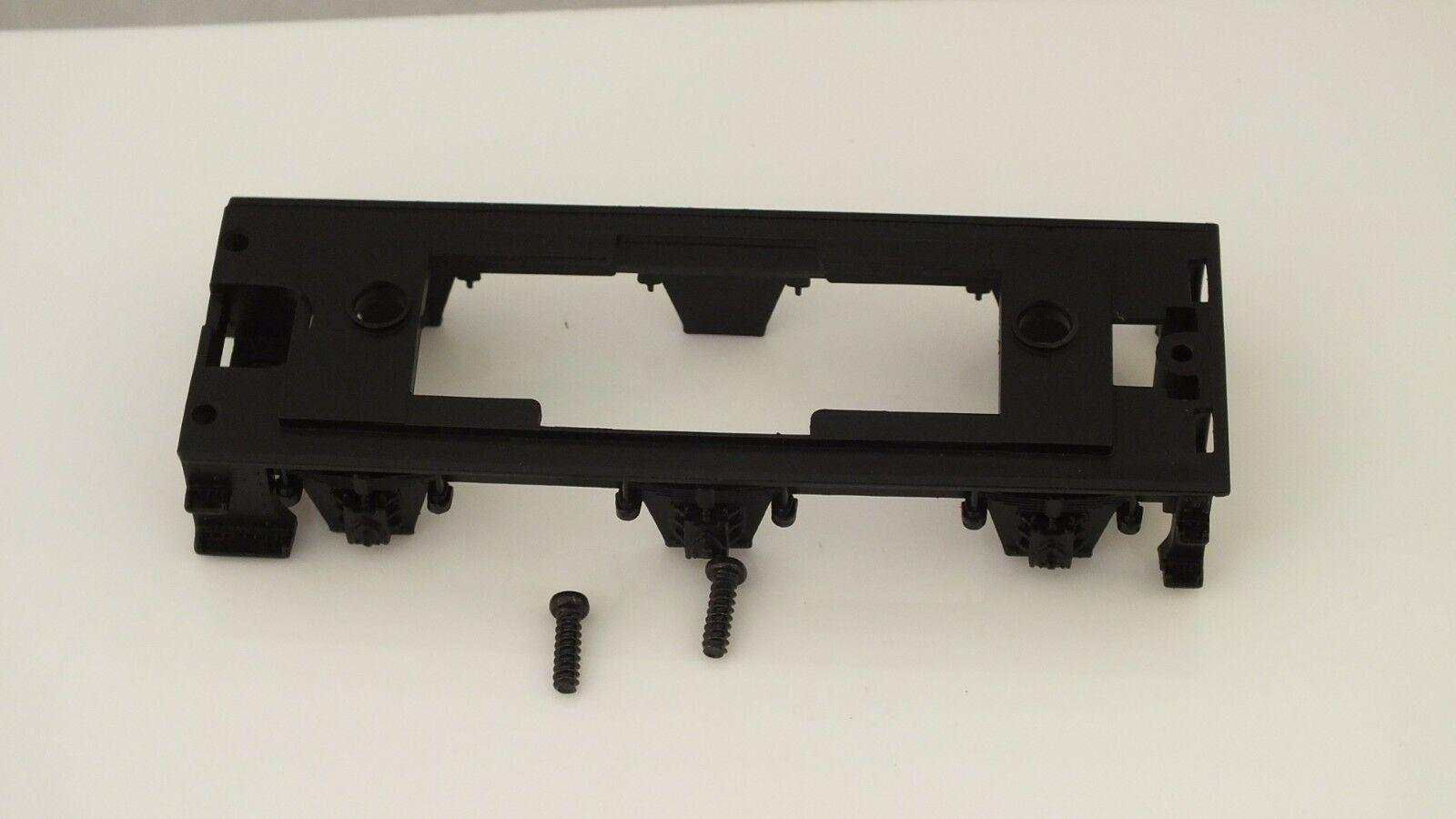 X8301  #  HORNBY TRIANG TENDER  CHASSIS & SCREWS DEANS GOODS   R12B