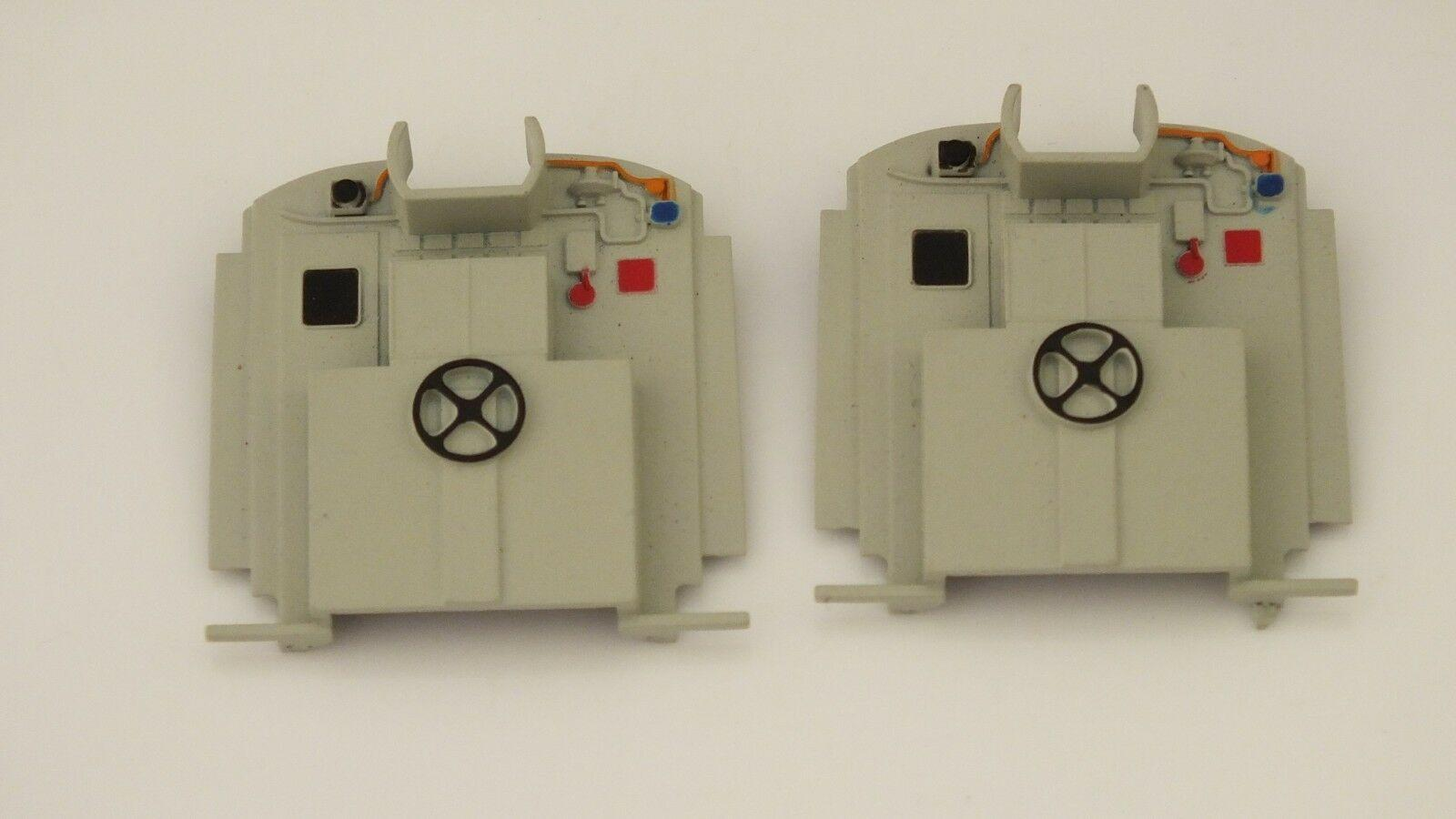 X9531  # HORNBY TRIANG  PAIR CENTRAL ROOM PARTITION  CLASS 31     Z22B