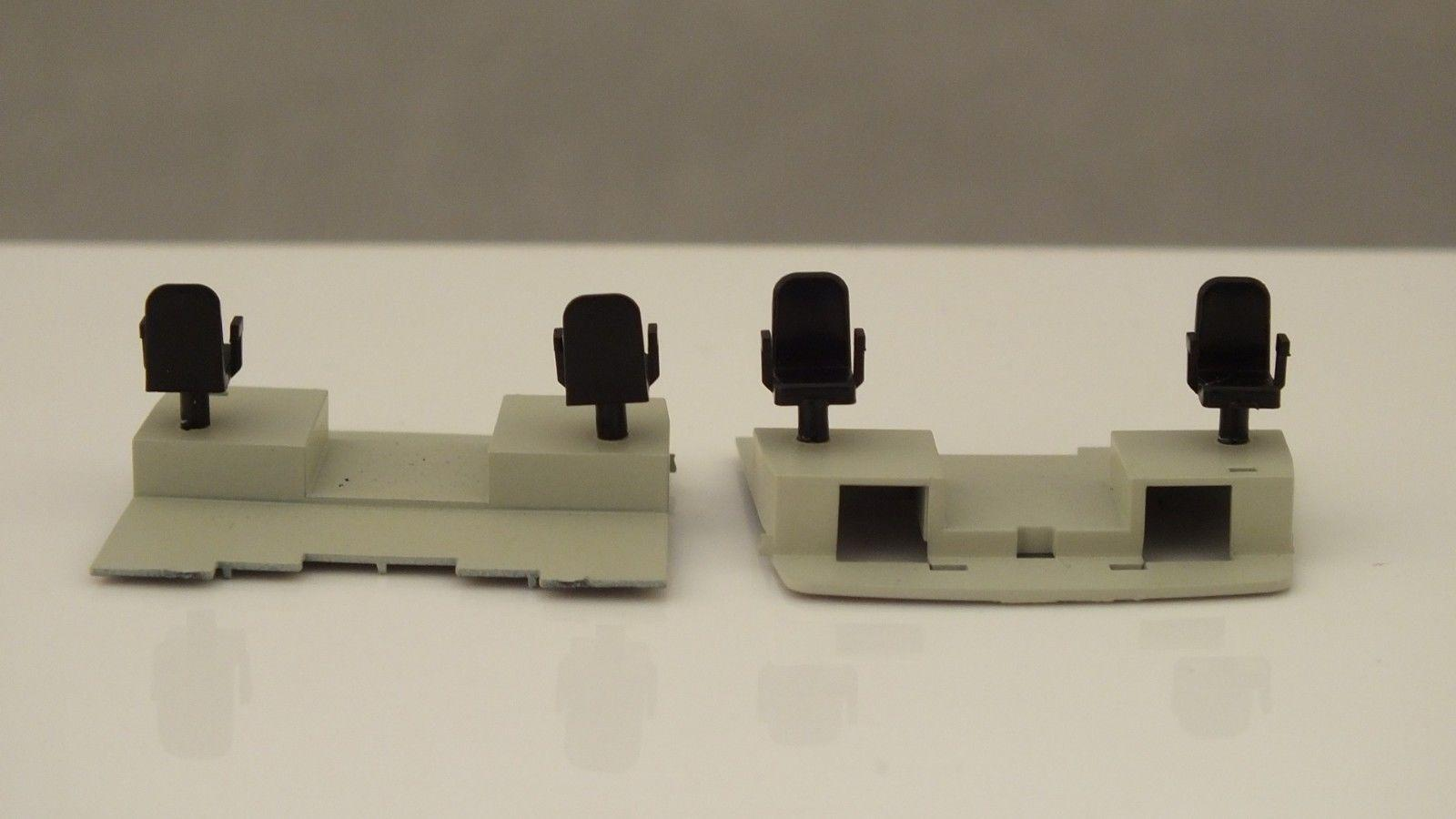X9532  # HORNBY TRIANG  PAIR CENTRAL ROOM FLOOR WITH CHAIRS     Z22C