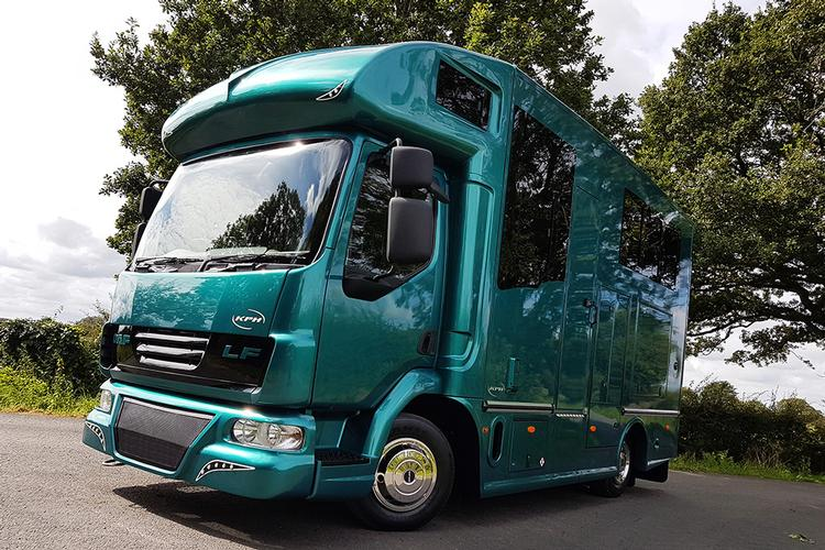 Buying a new or used horsebox Buying a new or used horsebox has become a relatively simple endeavour. Unfortunately, choosing the wrong one is just as simple...
