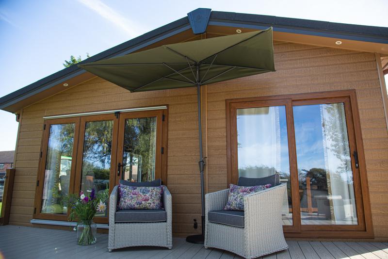 Half - 2-3 m Balcony Parasol