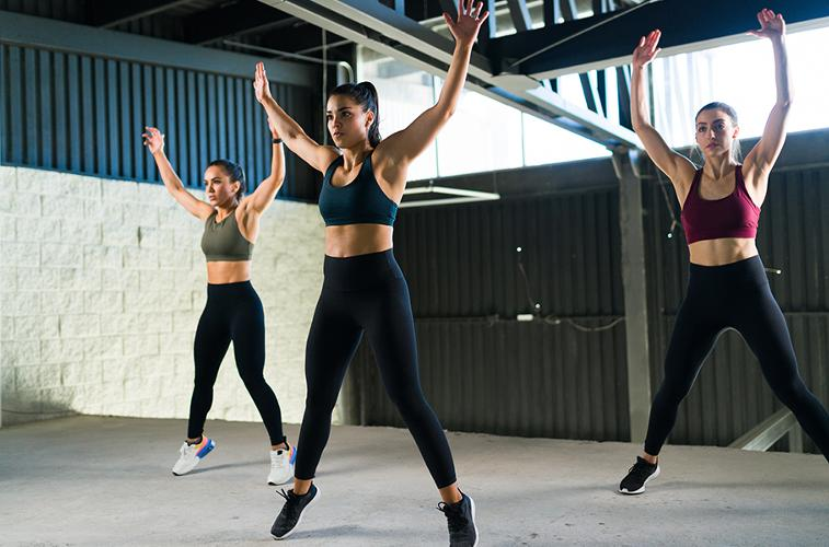 HiiT High intensity interval training (HiiT) is bursts of high energy work interspersed with periods of recovery.
