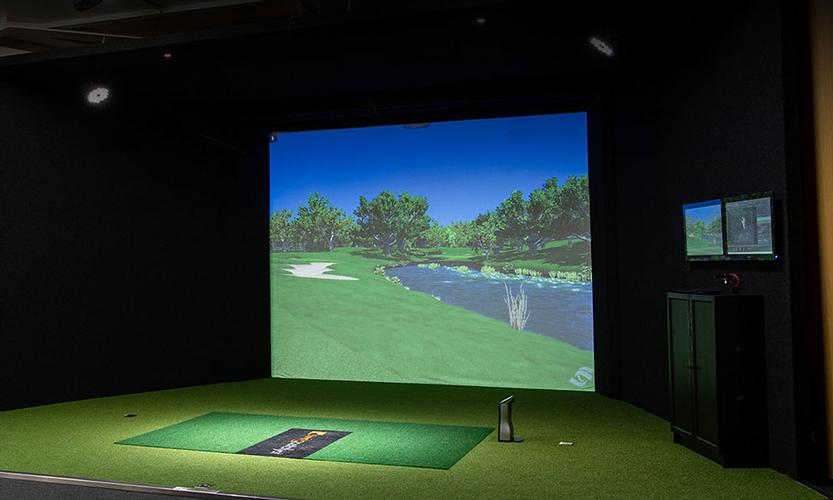 Golf Simulator Lessons Using the indoor studio at Seacourt Tennis Club on Hayling Island, clients can utilise the Foresight Sports GC2 and GC2-HMT golf simulators to refine their game using the latest and best golfing technology.