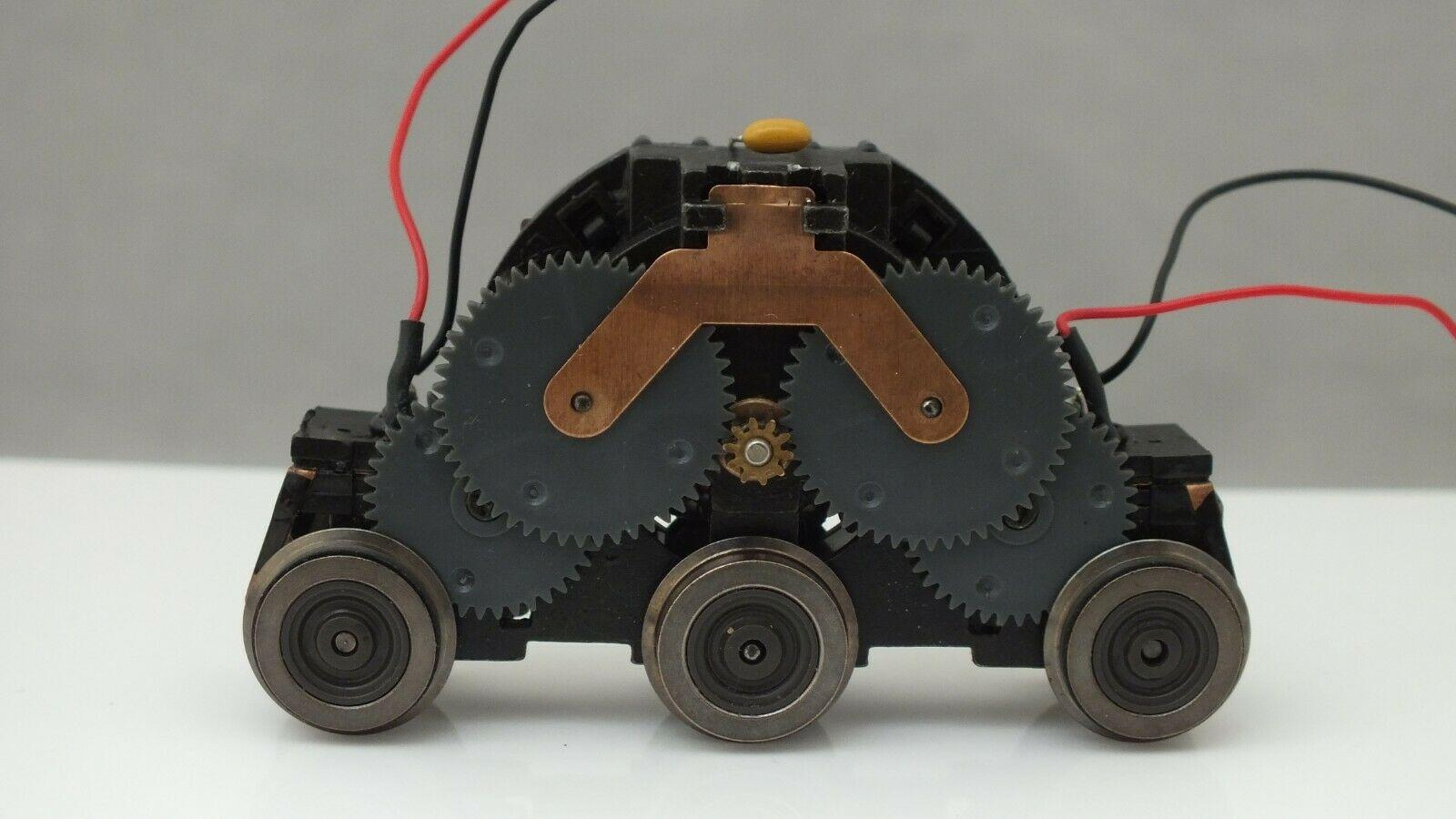 484 # HORNBY TRIANG COMPLETE DRIVE UNIT 5 POLE CHINA MADE  MULTI FIT    S8A
