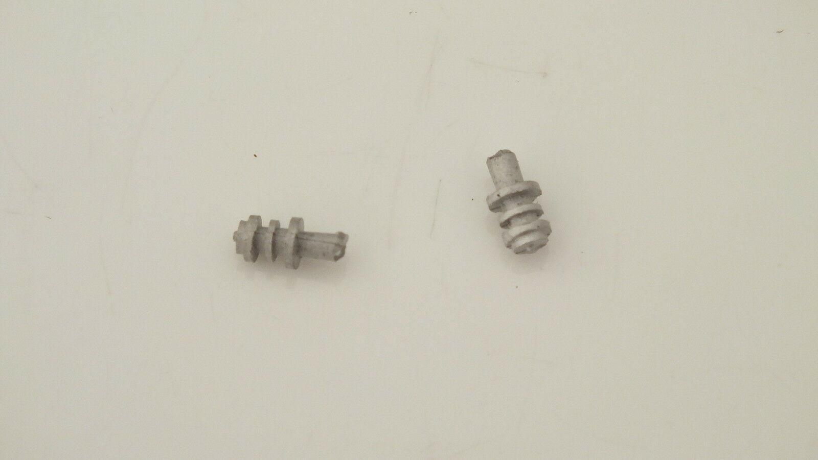 S2116R  #  HORNBY TRIANG PAIR WHITE METAL  VALVES EARLY 3 RINGED      H10A