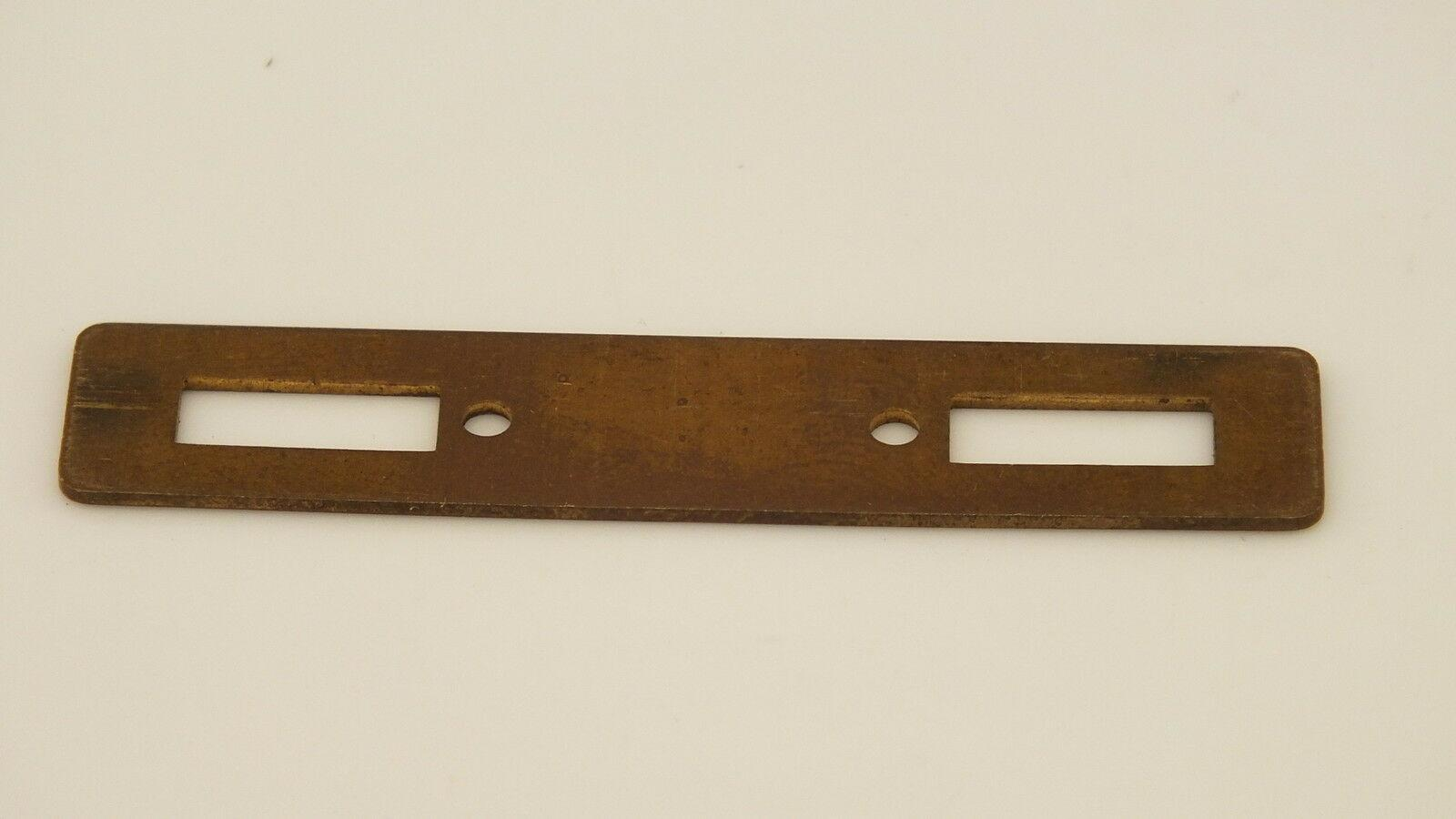 S3404 # HORNBY TRIANG BRASS KEEPER PLATE           Y6D