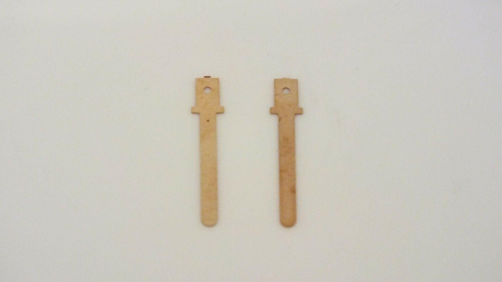 S3992R # HORNBY TRIANG PAIR SWORD PICKUP TERMINALS     T3D