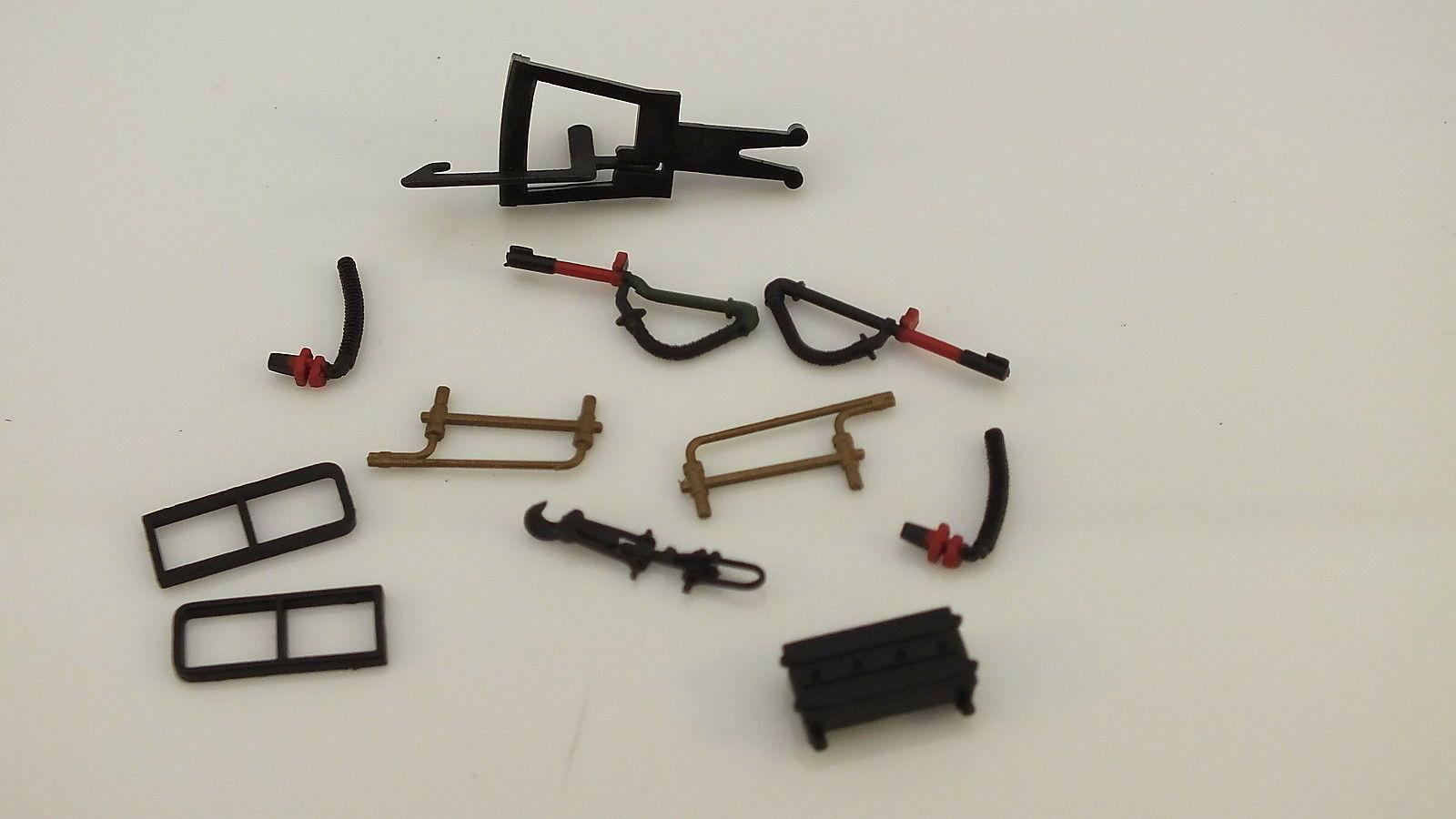 X10657/X10702 # HORNBY TRIANG ACCESSORY PACK THOMPSON L1    S10C