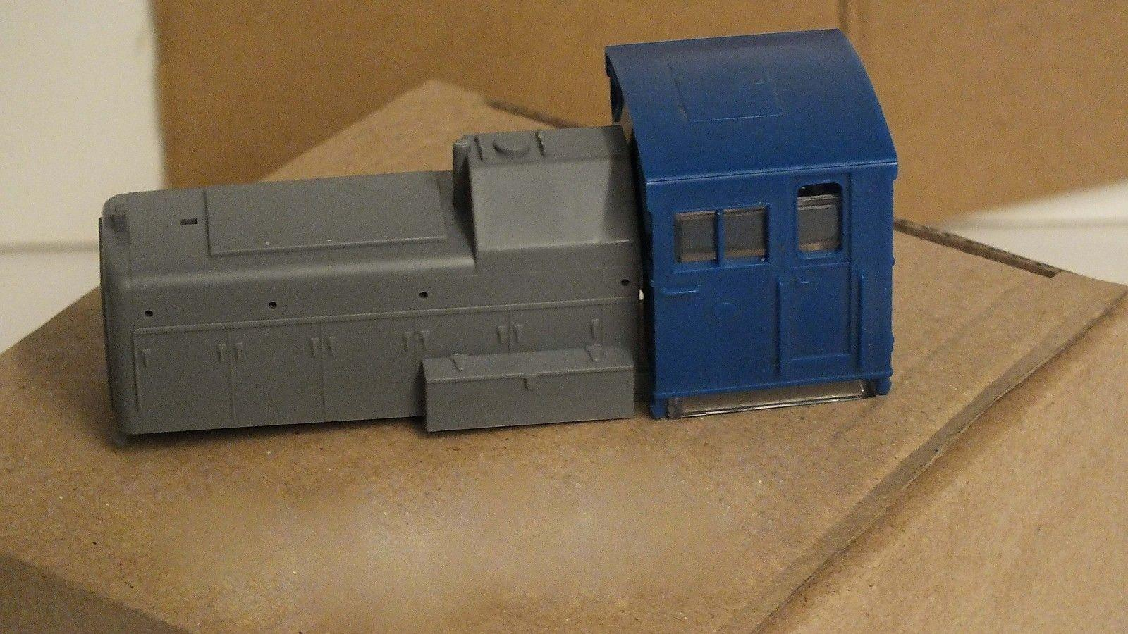 X3534/X3535 # HORNBY TRIANG CLASS 06 COMPLETE BODY         S4B