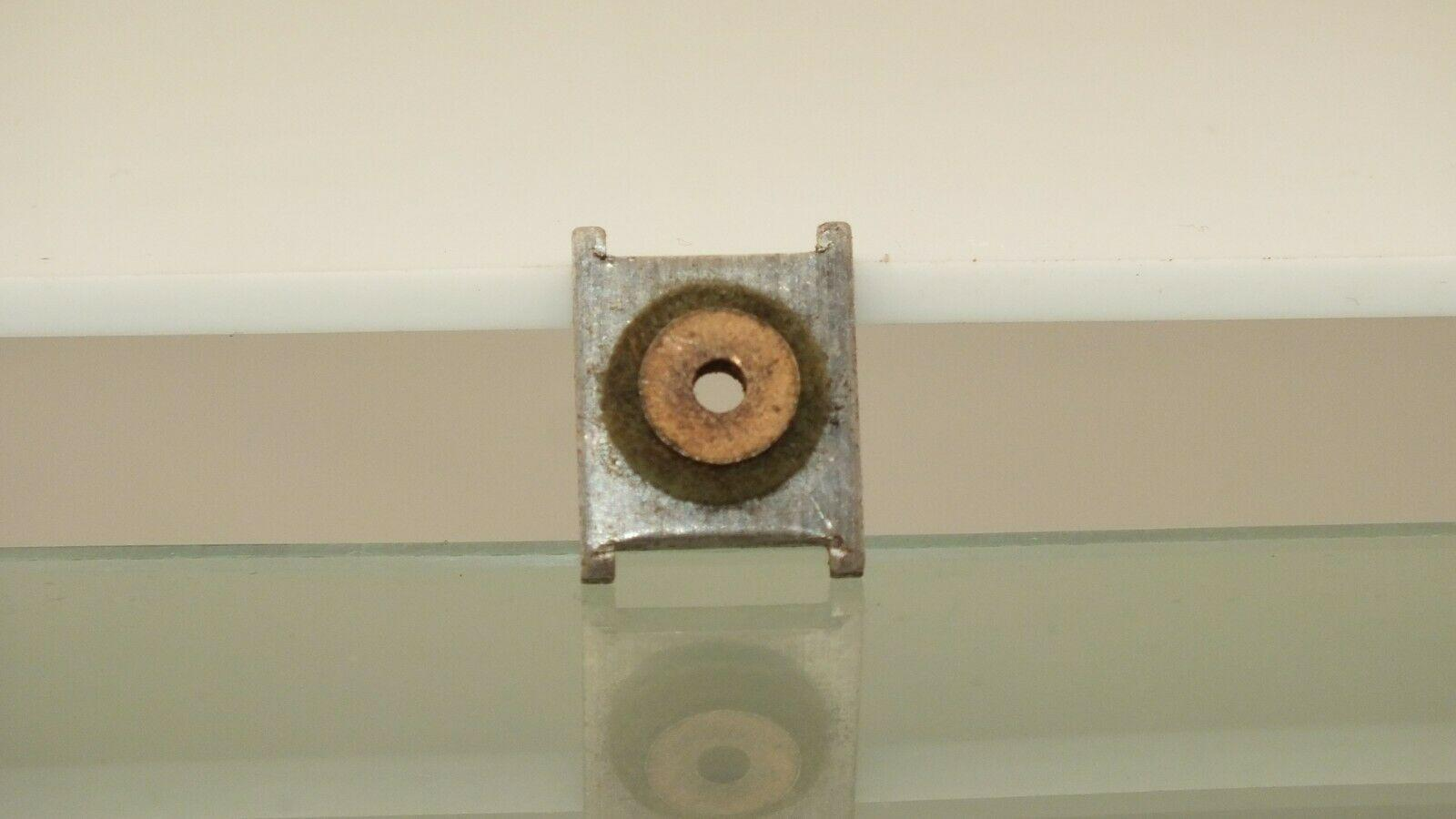 X62 #    HORNBY TRIANG BACK PLATE & OIL RING   XO3/04  MOTORS         `    A1E